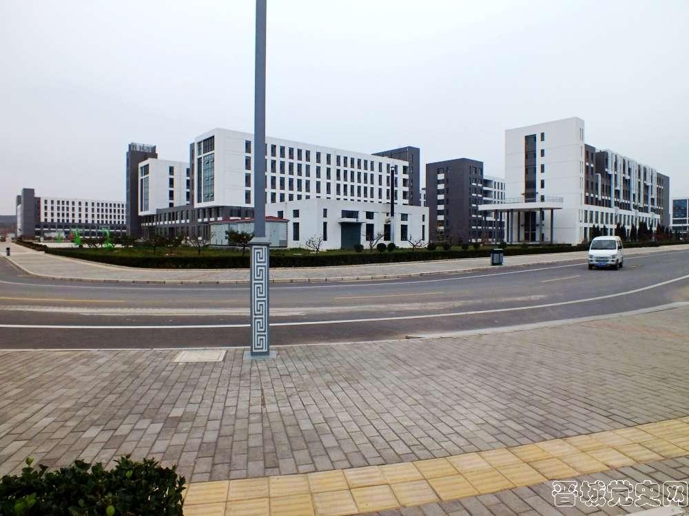 2、太原科技大学晋城分校校园风景(摄影:赵云卓)-晋城党史网