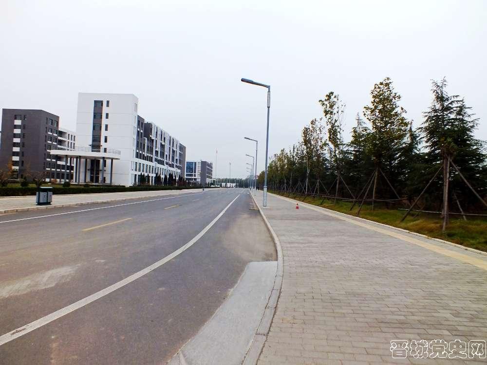 4、太原科技大学晋城分校校园风景(摄影:韩卓洋)-晋城党史网